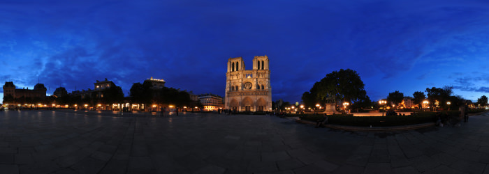 Notre-Dame at night, Paris - Virtual tour