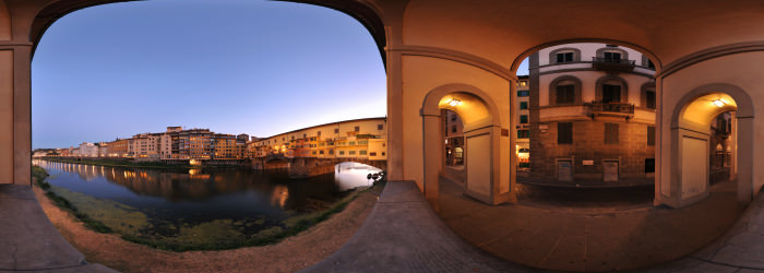 Ponte Vecchio at dusk, Florence - Virtual tour